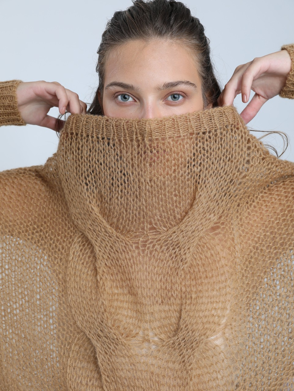 Reef Boat Neck Cable Knit