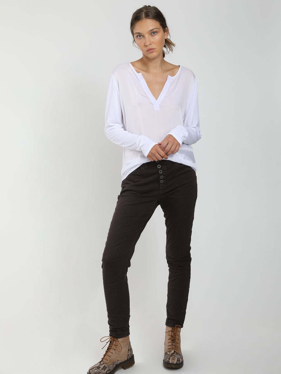 Julia Placket T-Shirt