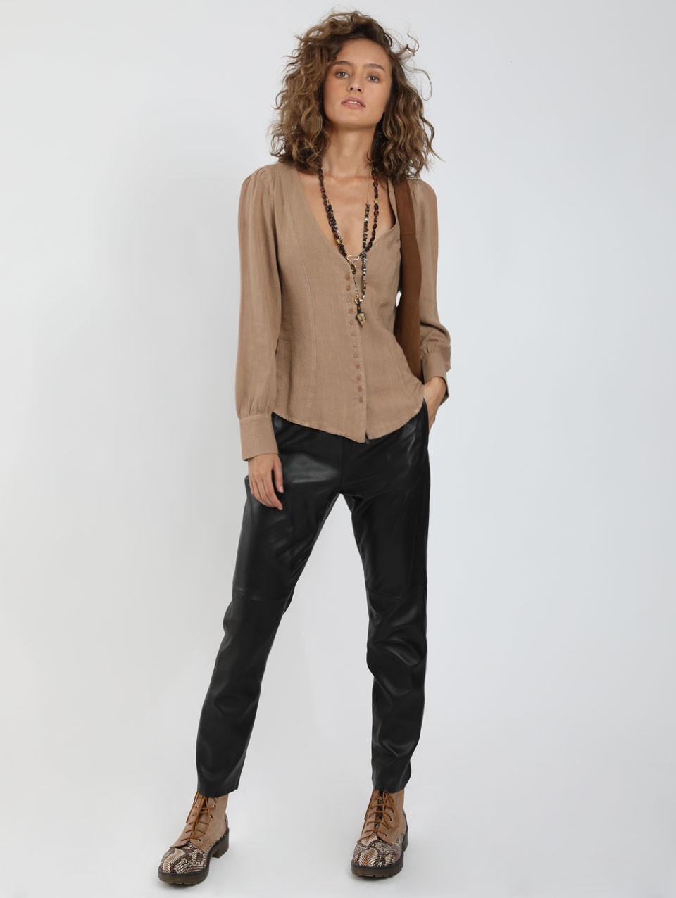 Rachel Slim Fit Blouse