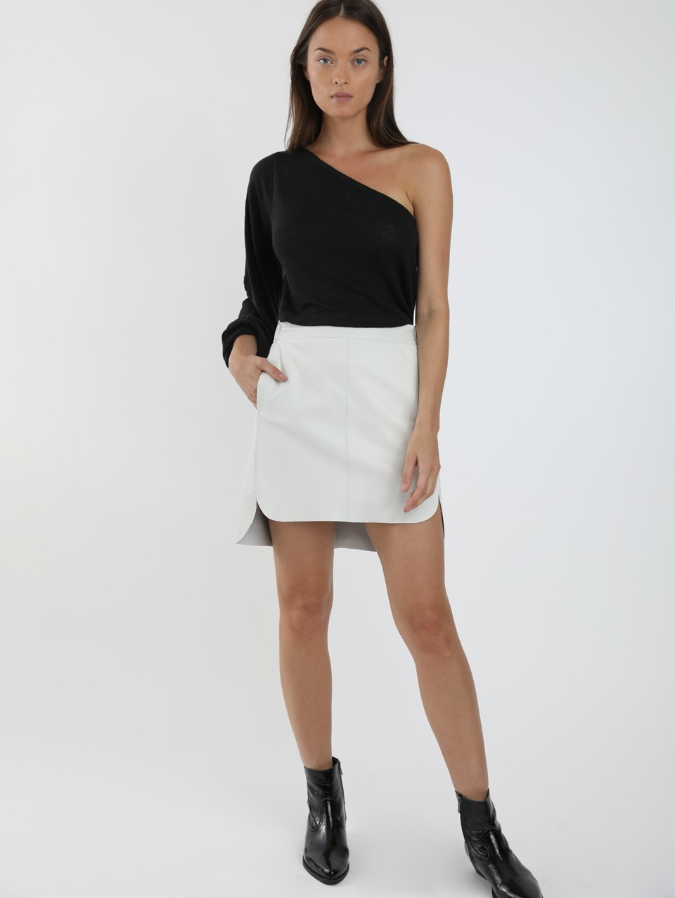 Jay Round Hem Leather Mini Skirt