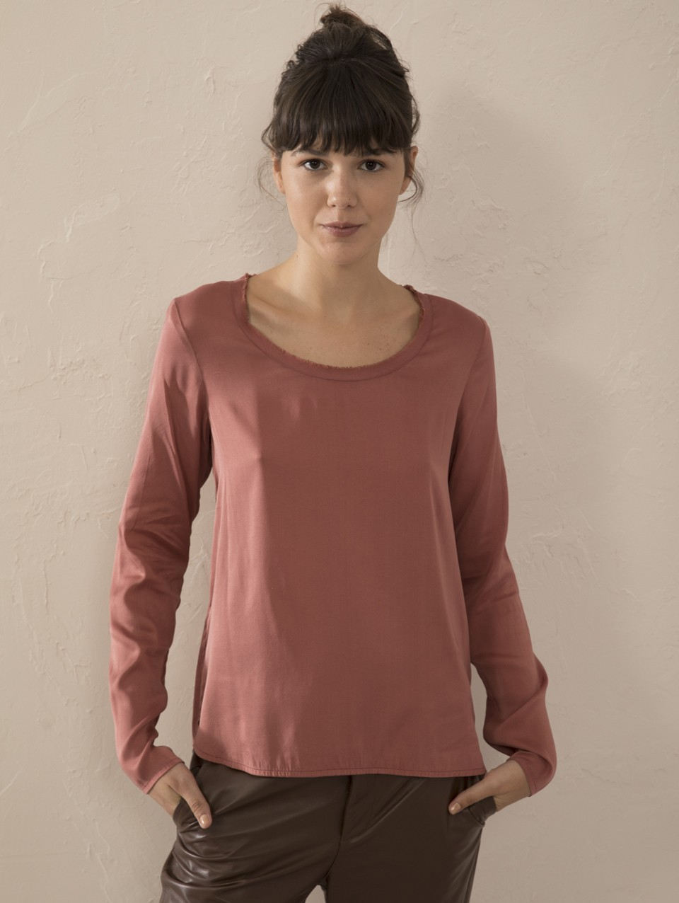 Nilly Round Neck Top